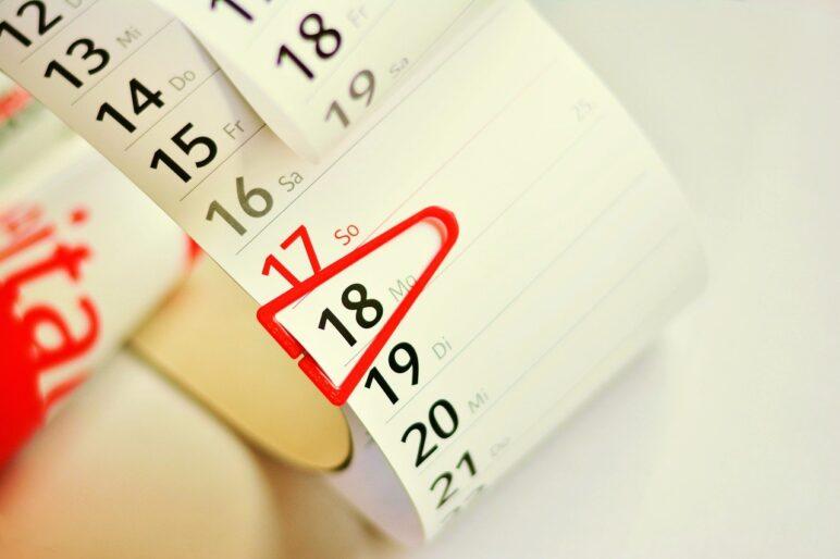 """Kalendarz przedstawiający ostatni termin naboru wniosków """"Mój prąd"""" w 2020 roku."""