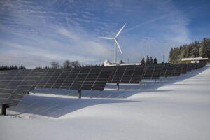 elektrownie słoneczne i wiatrowe