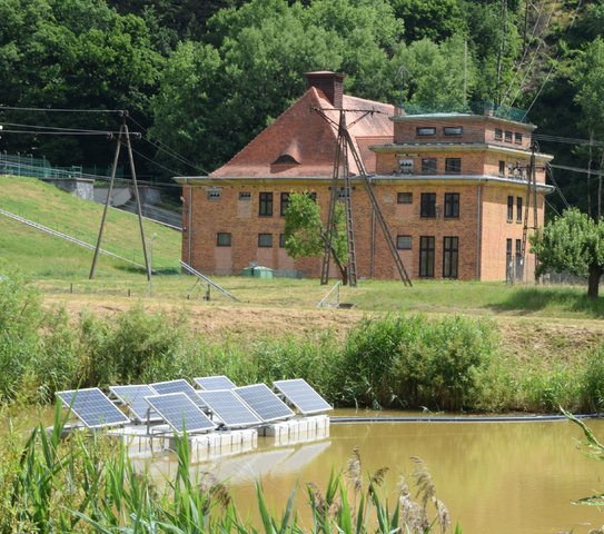 Fotowoltaika na wodzie w Łapinie, gmina Kolbudy.