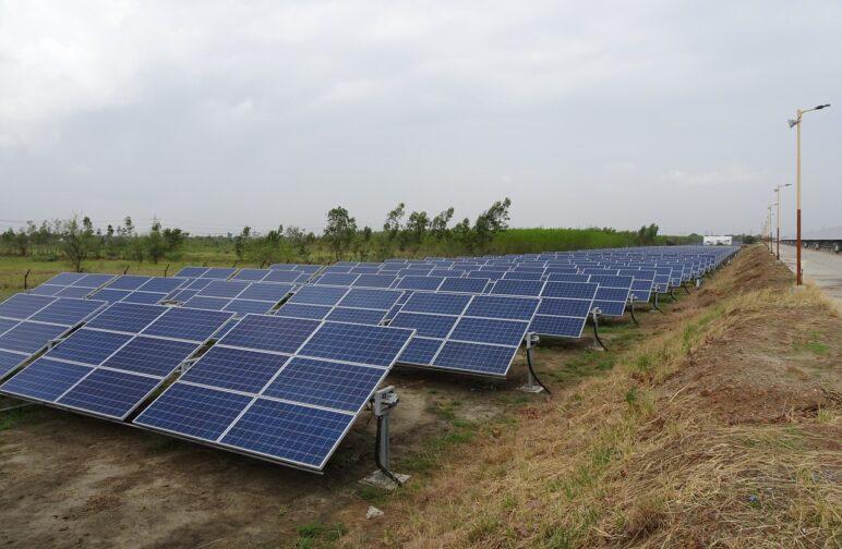 Koszt budowy farmy fotowoltaicznej 100 kW.