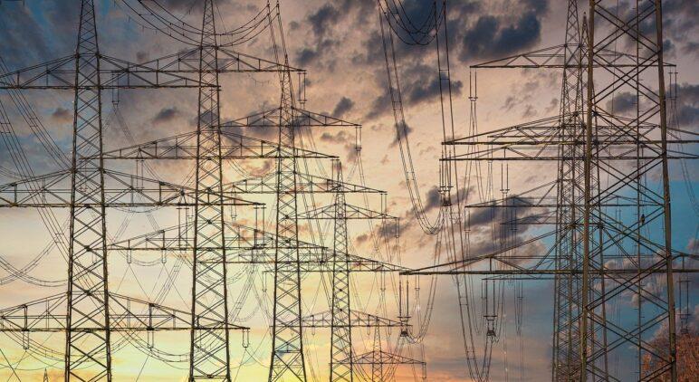 linie energetyczne ceny prądu 2015